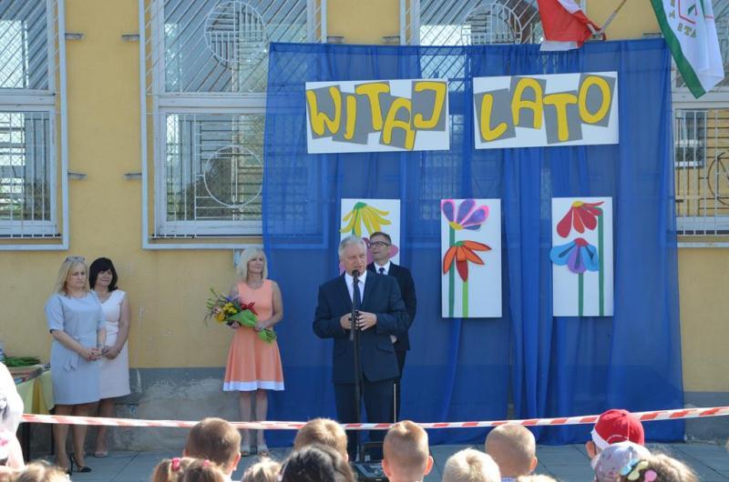Zakończenie roku szkolnego na ulicy Gdańskiej