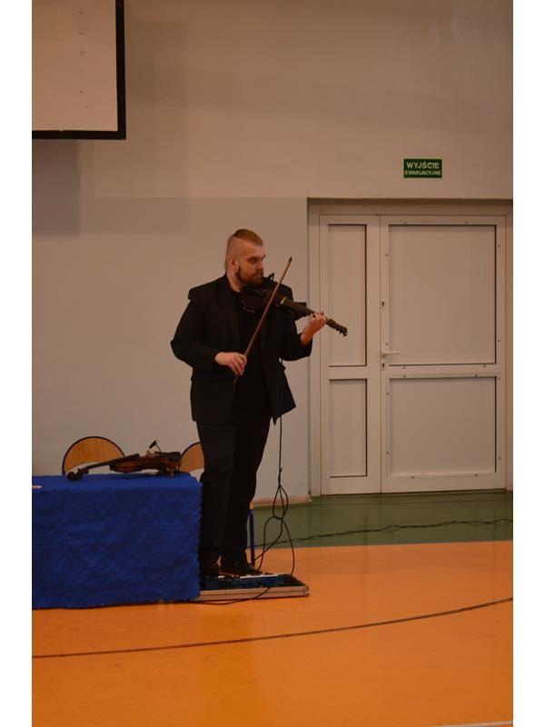"""Koncert muzyczny – """"Violinek i Celinek – na muzycznej ścieżce"""""""