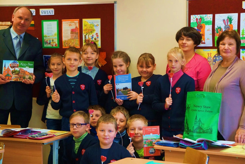 Pierwsze kontakty z polską szkołą na Litwie nawiązali uczniowie z klasy IIIA
