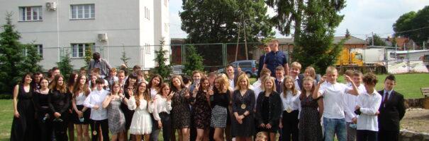 Absolwenci Szkoły Podstawowej nr 2 im. Wincentego Pola – rocznik 2021